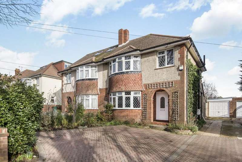 3 Bedrooms Semi Detached House for sale in Foredown Drive, Portslade, East Sussex, BN41 2BF