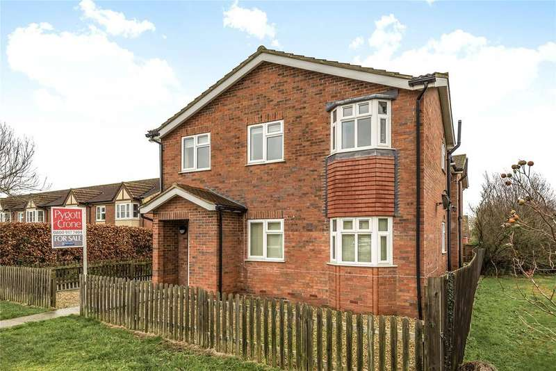 2 Bedrooms Flat for sale in Greenaway House, Cherry Willingham, LN3