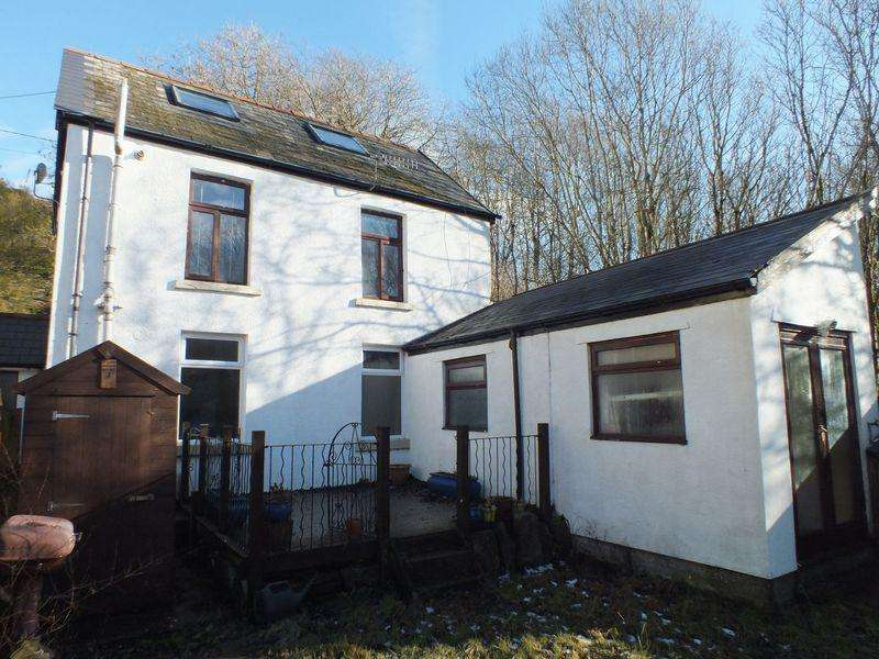 3 Bedrooms Cottage House for sale in Gable Cottage, Nantyglo