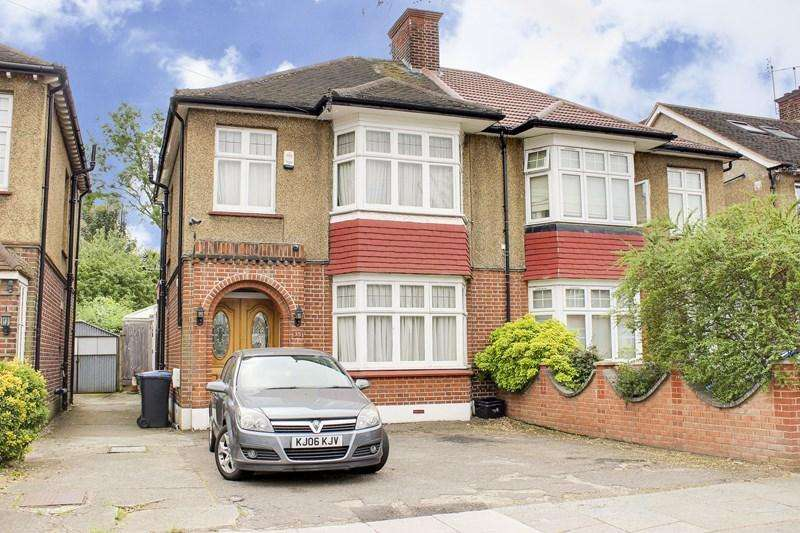 3 Bedrooms Semi Detached House for sale in Westminster Drive, London
