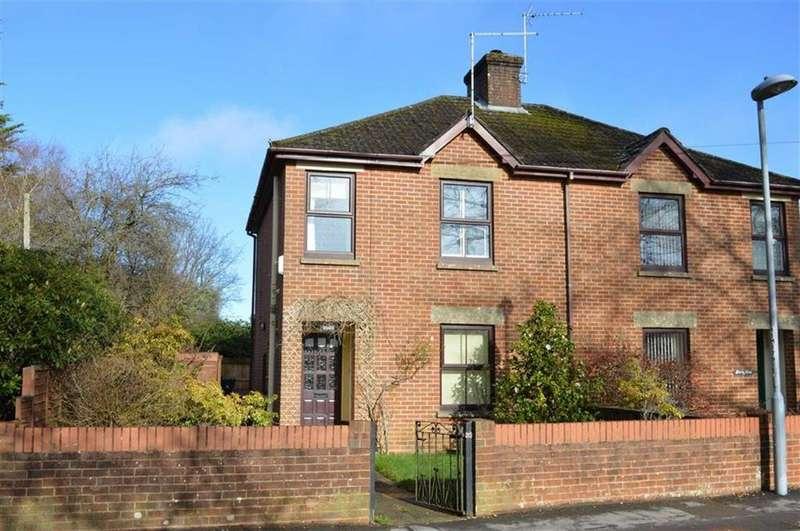 2 Bedrooms Cottage House for sale in Middlehill Road, Wimborne, Dorset