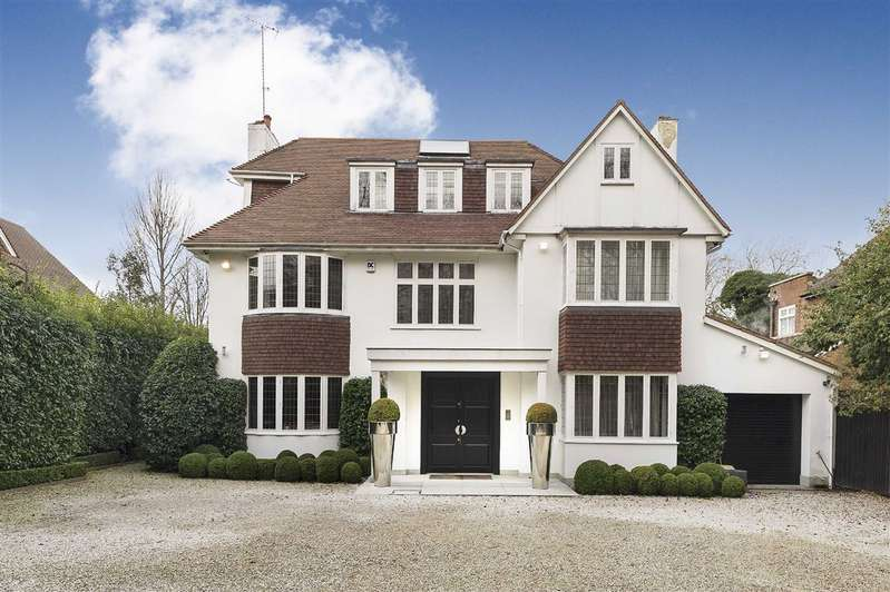 5 Bedrooms Detached House for sale in West Heath Avenue, London, NW11