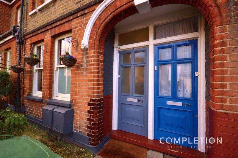 2 Bedrooms Apartment Flat for sale in Leucha Road, London, Two Bedroom Warner Flat