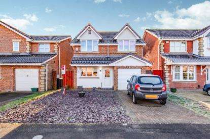 4 Bedrooms Detached House for sale in Muirkirk Grove, Darlington, Co Durham