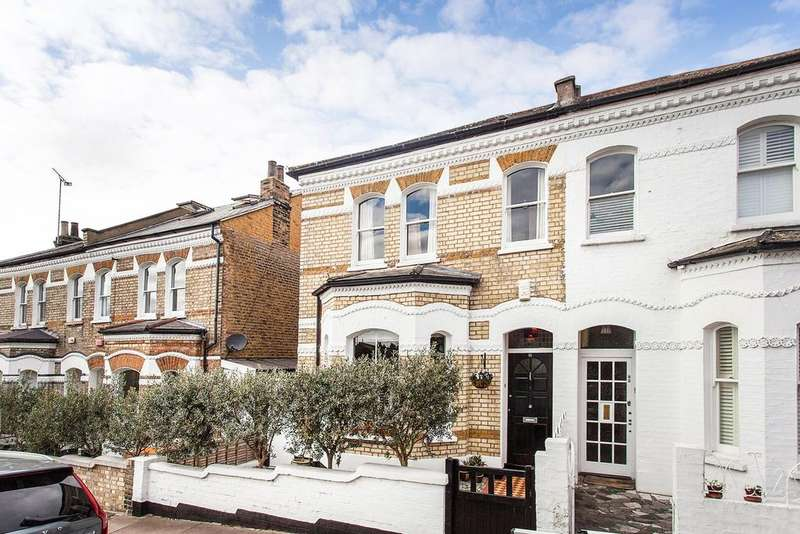4 Bedrooms Semi Detached House for sale in Wakehurst Road, Battersea, SW11