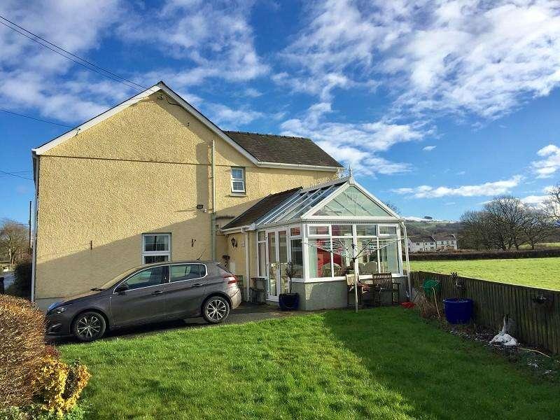 3 Bedrooms Semi Detached House for sale in Llangadog, Carmarthenshire.