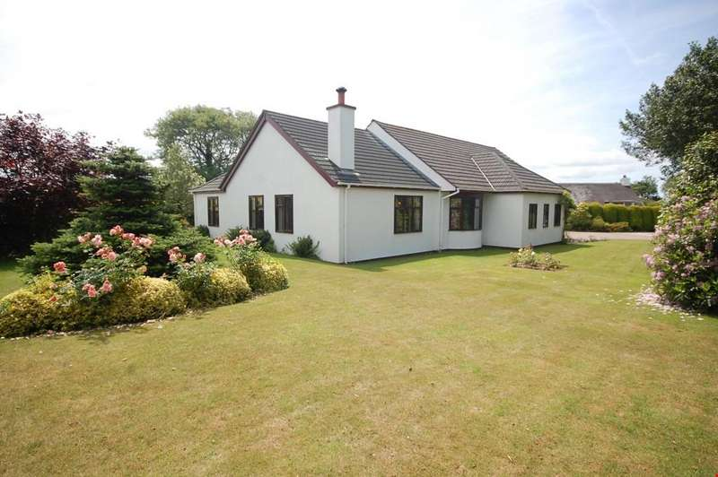 3 Bedrooms Detached Bungalow for sale in Rural outskirts of Illogan, Cornwall