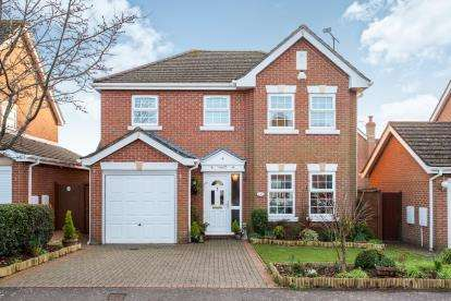 4 Bedrooms Detached House for sale in Waterlooville, Hampshire, Uk