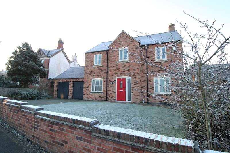 5 Bedrooms Property for sale in Repton Road, Swadlincote, Derbyshire, DE11