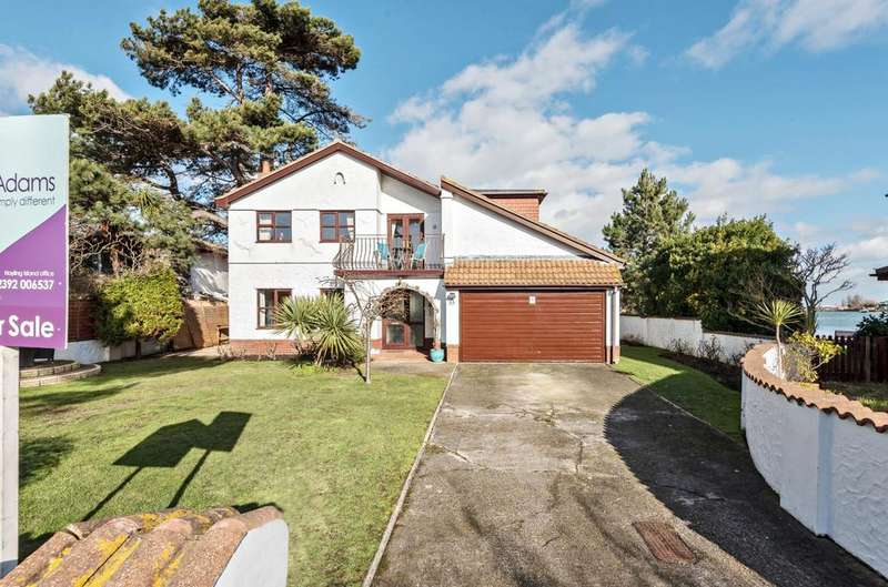 4 Bedrooms Detached House for sale in Southwood Road, Hayling Island, PO11