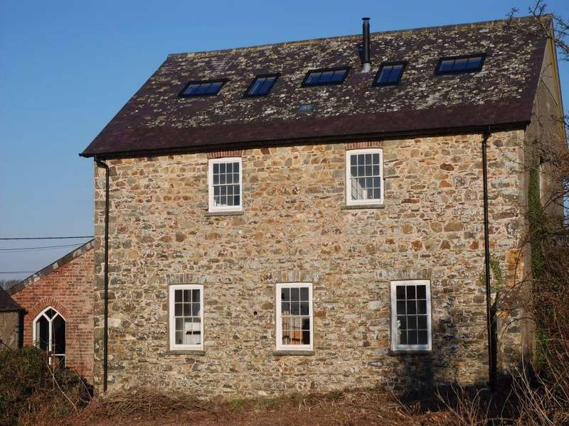 5 Bedrooms Detached House for sale in Ty Capel, Brynhenllan, Dinas Cross, NEWPORT, Pembrokeshire