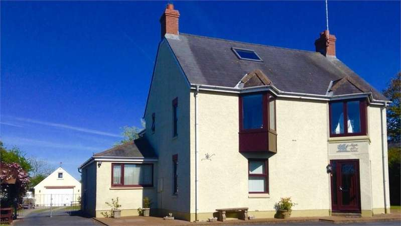 5 Bedrooms Detached House for sale in Maes-yr-Haul, Feidr Fawr, Dinas Cross, Newport, Pembrokeshire