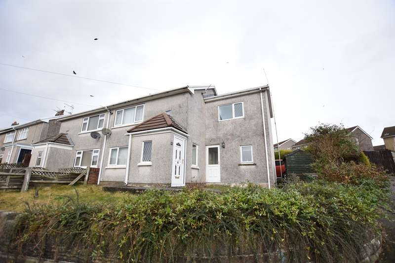 3 Bedrooms Semi Detached House for sale in Broadmead, Pontllanfraith, BLACKWOOD