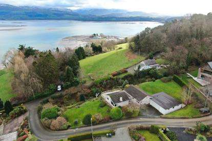 4 Bedrooms Bungalow for sale in Cae Mair Uchaf, Beaumaris, Anglesey, North Wales, LL58
