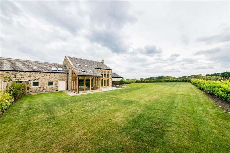4 Bedrooms Link Detached House for sale in Manor Road, Farnley Tyas, Holmfirth, HD4