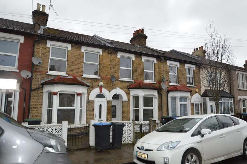 3 Bedrooms Terraced House for sale in Alston Road, London, N18