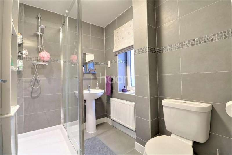 5 Bedrooms Detached House for sale in Genesis Green, Milton Keynes