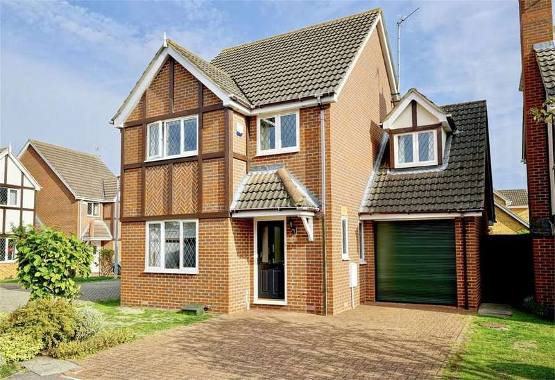 4 Bedrooms Detached House for sale in St Neots, Cambridgeshire