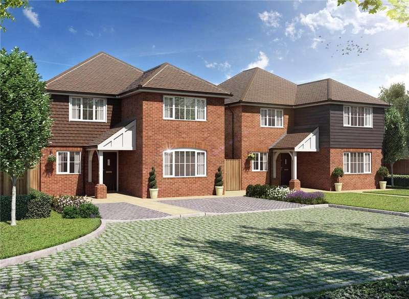 4 Bedrooms Detached House for sale in College Close, Flamstead, St Albans, Hertfordshire