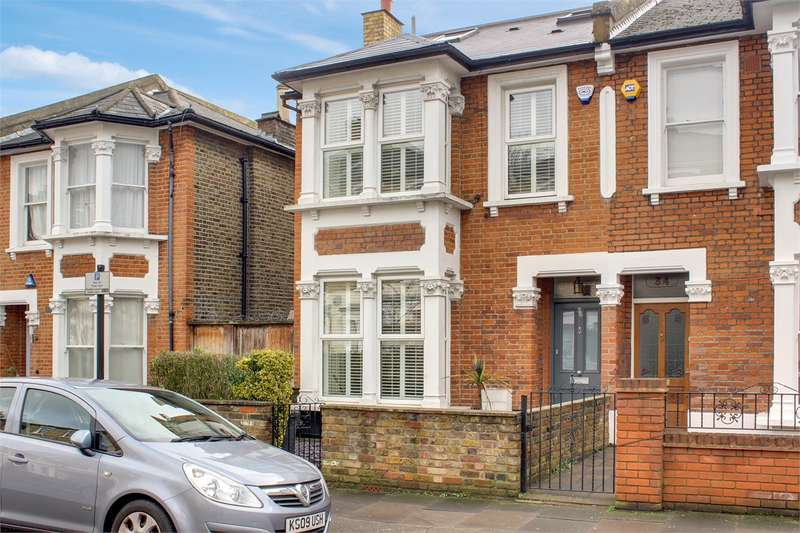 5 Bedrooms Semi Detached House for sale in Shaftesbury Road, Crouch End Borders, London