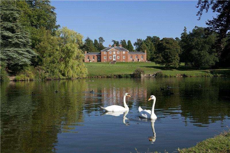 5 Bedrooms Detached House for sale in Penshurst, Tonbridge, Kent, TN11
