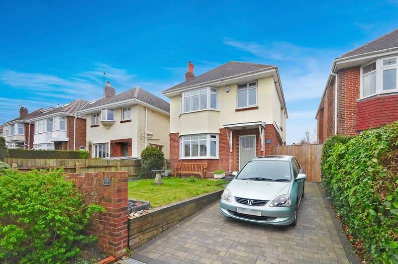 3 Bedrooms Detached House for sale in Chapel Road, Lower Parkstone, POOLE