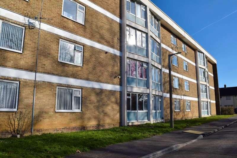 1 Bedroom Flat for sale in Wedhey, Harlow, Essex, CM19 4AE