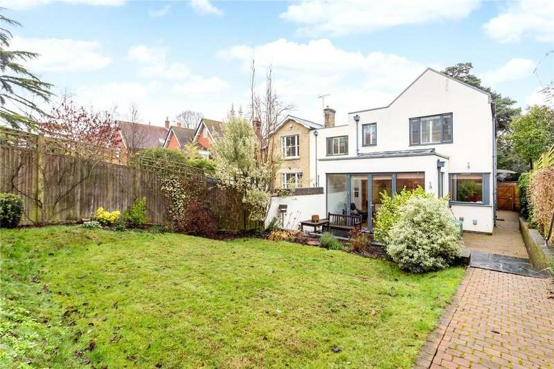 3 Bedrooms Semi Detached House for sale in Edgar Road, Winchester, Hampshire, SO23
