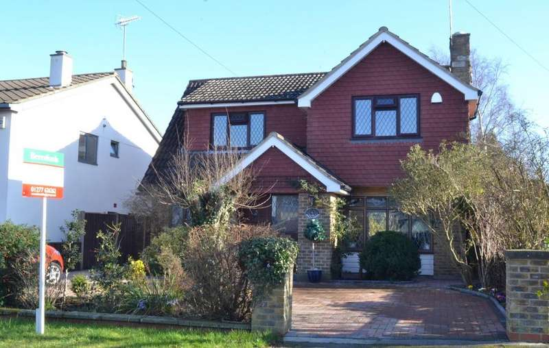 4 Bedrooms Detached House for sale in Dukes Road, Billericay, Essex, CM11