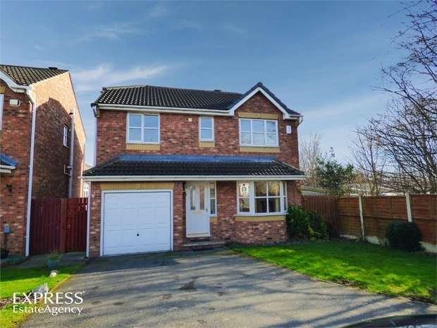 4 Bedrooms Detached House for sale in Longfield Court, Heckmondwike, West Yorkshire