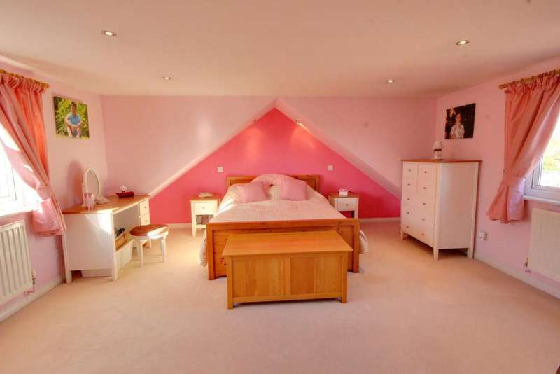 3 Bedrooms Chalet House for sale in WATERLOOVILLE