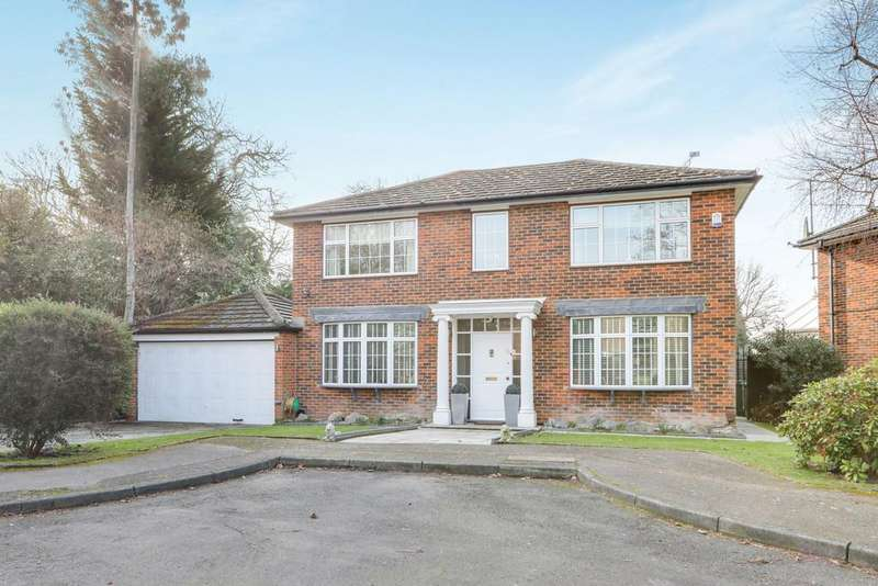 4 Bedrooms Detached House for sale in The Witherings, Hornchurch