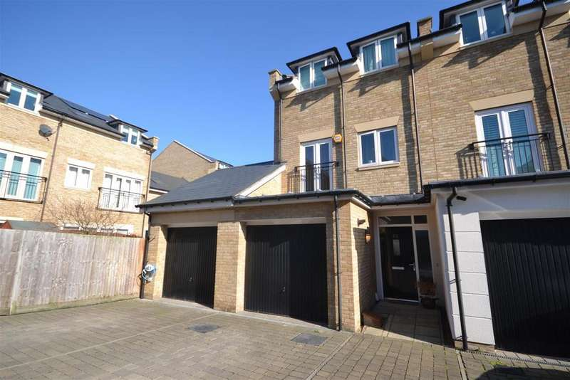4 Bedrooms End Of Terrace House for sale in Marbaix Gardens, Isleworth/Osterley
