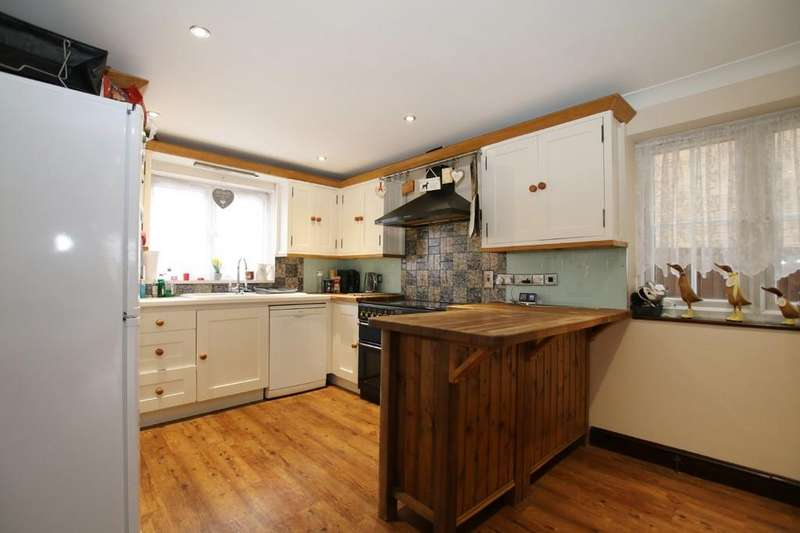 4 Bedrooms Detached House for sale in Clare Street, Chatteris