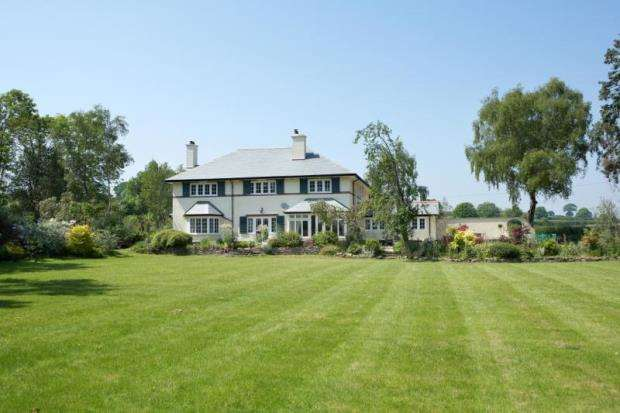 5 Bedrooms Detached House for sale in Kersbrook, Budleigh Salterton, Devon