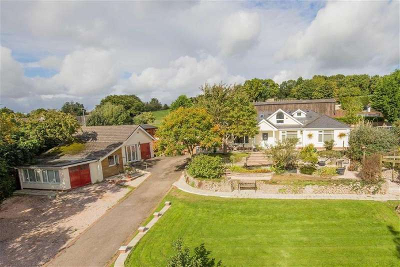 5 Bedrooms Detached House for sale in Coombesend Road, Kingsteignton, Devon, TQ12