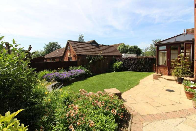 4 Bedrooms Detached House for sale in Springfield, Dunton, Biggleswade, SG18