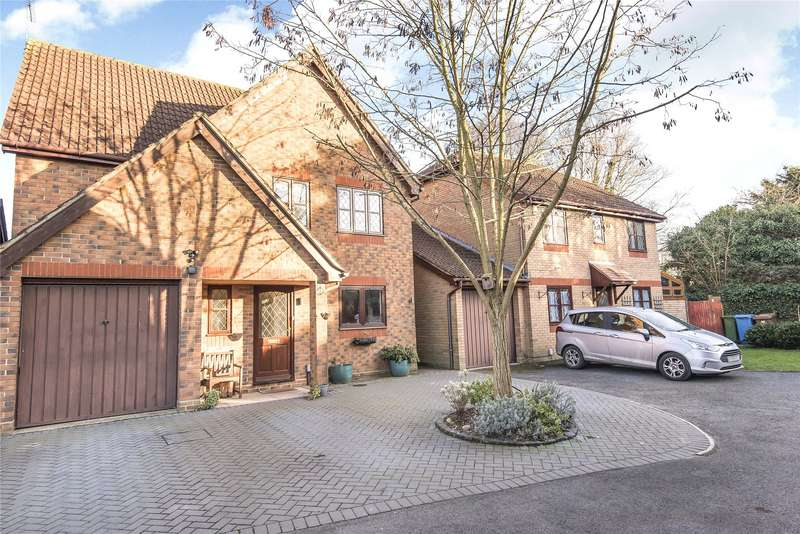 5 Bedrooms Detached House for sale in Hemmyng Corner, Warfield, Berkshire, RG42