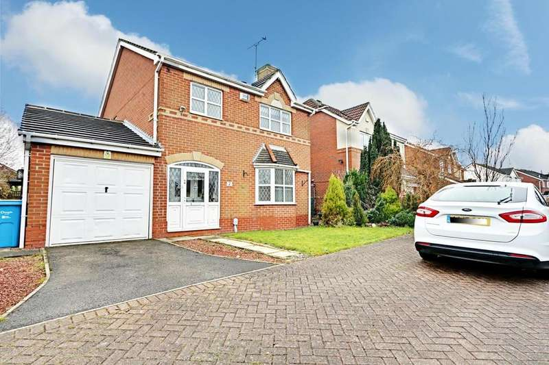 4 Bedrooms Detached House for sale in Helm Drive, Hull, East Yorkshire, HU9
