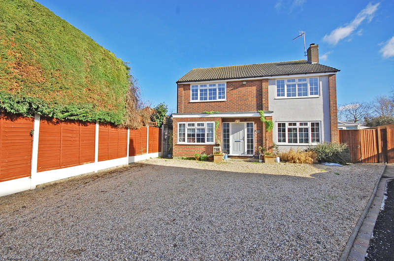 4 Bedrooms Detached House for sale in The Ruskins, Rayne, Braintree, CM77