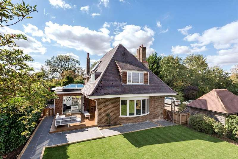 4 Bedrooms Detached House for sale in Hawthorn Close, Micheldever, Winchester, SO21