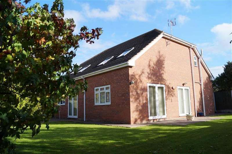 3 Bedrooms Detached Bungalow for sale in Greenfields, Skegby, Nottinghamshire, NG17