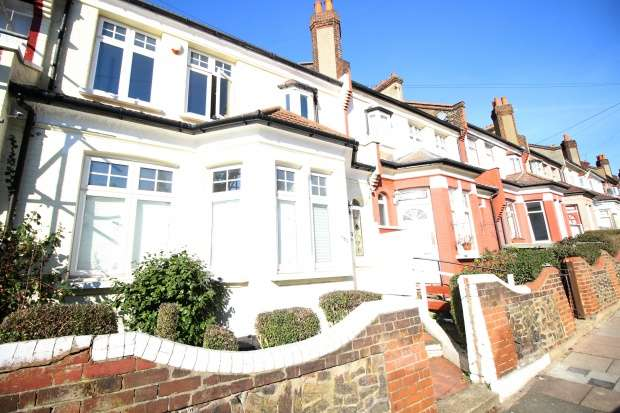 3 Bedrooms Terraced House for sale in Ribblesdale Road, Streatham, Greater London, SW16 6QY