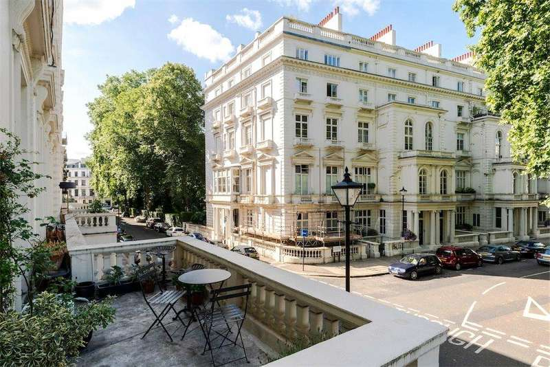 2 Bedrooms Flat for sale in Cleveland Gardens, Bayswater, London, W2