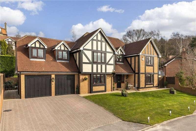 4 Bedrooms Detached House for sale in Wordsworth Way, Bingley, West Yorkshire