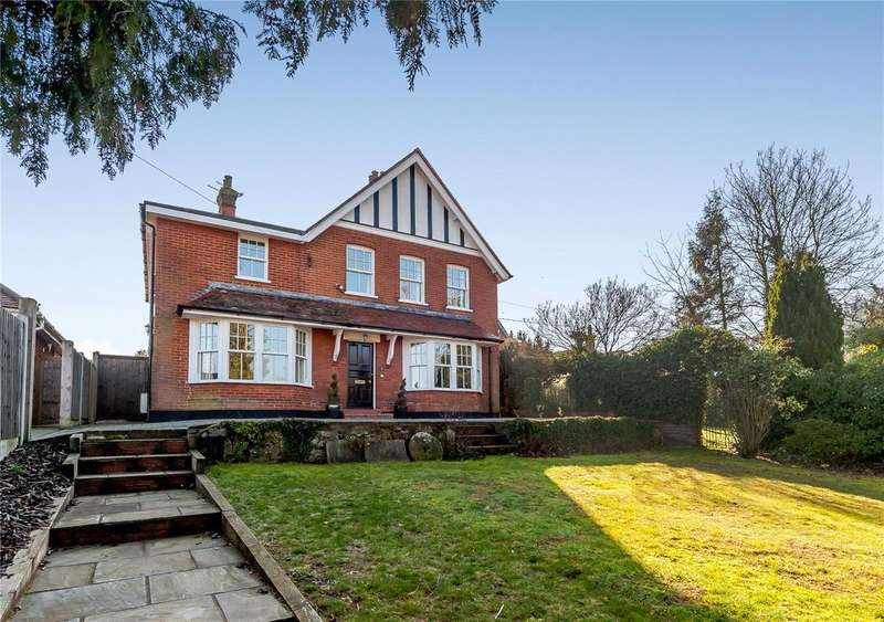 5 Bedrooms Detached House for sale in Guithavon Valley, Witham, Essex