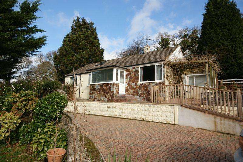 3 Bedrooms Bungalow for sale in Lostwithiel Road, Bodmin