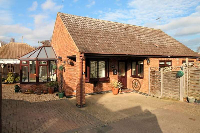 3 Bedrooms Detached Bungalow for sale in Rupert Road, Market Harborough