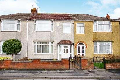 3 Bedrooms Terraced House for sale in Elm Road, Kingswood, Bristol, .