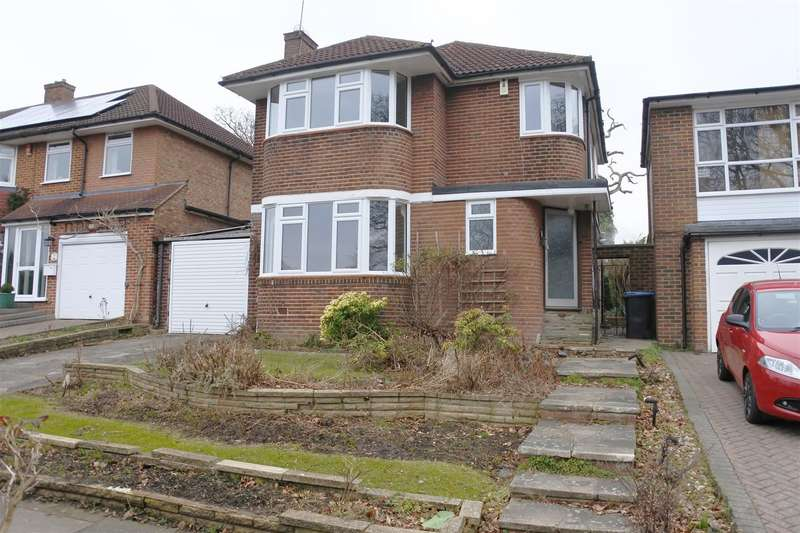 3 Bedrooms Detached House for sale in Lowther Drive, Oakwood, EN2